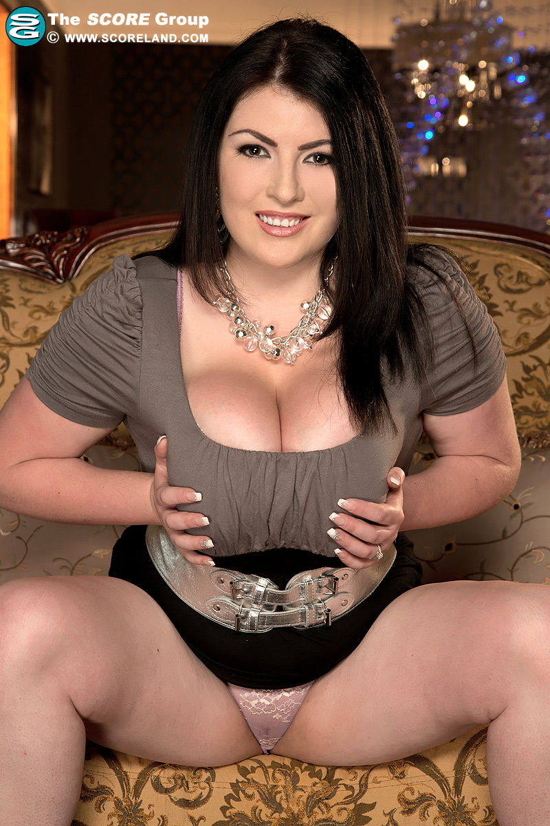 GIVE YOURSELF THE GIFT OF BIG BOOBS PORN AT SCORELAND