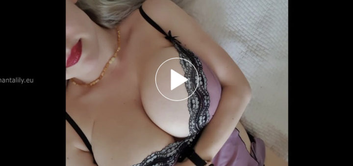 Big boobs babe wearing sexy lingerie