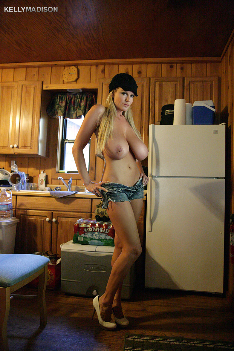 Big tits woods cabin Kelly Madison Cabin Milf Gallery Mybigtitsbabes